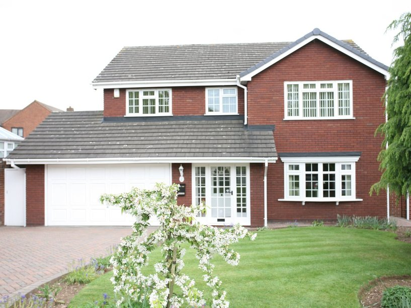 28 Gowland Drive, Cannock, WS11 1TG