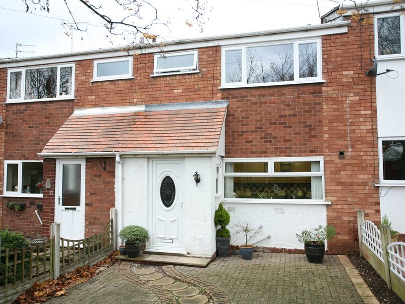 11 Langdale Green, Cannock, WS11 1QS